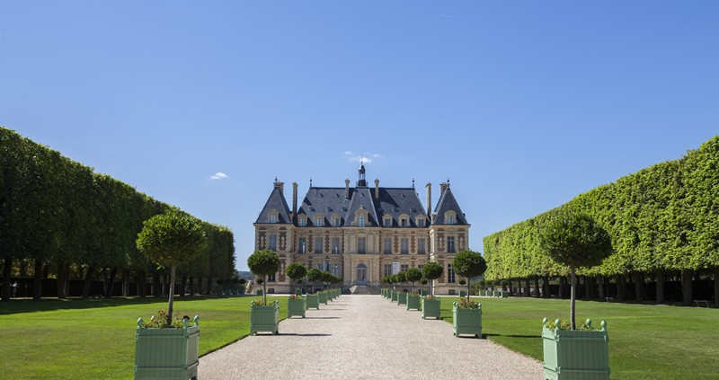 chateau small